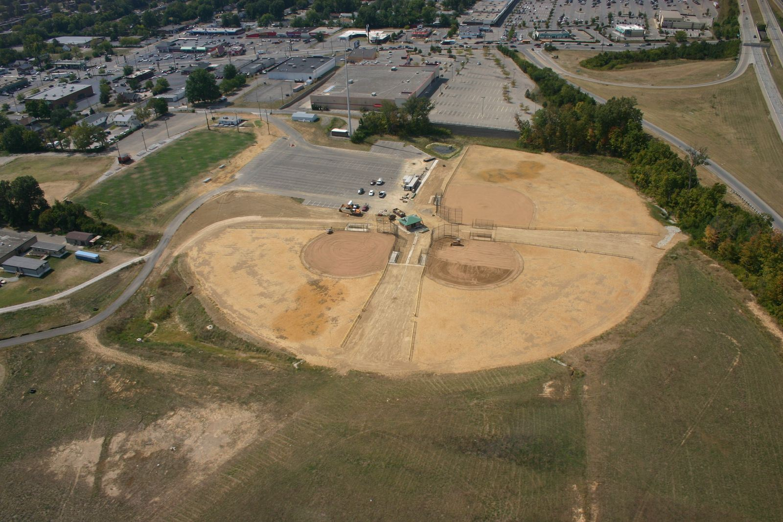 Aerial photo of Groesbeck Park during construction